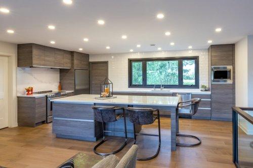 Hunt Kitchen 9-Edit