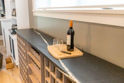 Murray Wine 18